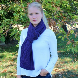 Inès - Purple twisted alpaca scarf