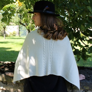 Natural white twisted alpaca poncho