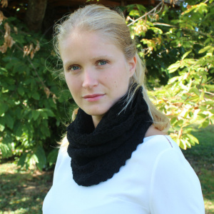 Cécilia - Black alpaca snood