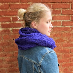 Anna - Purple alpaca snood